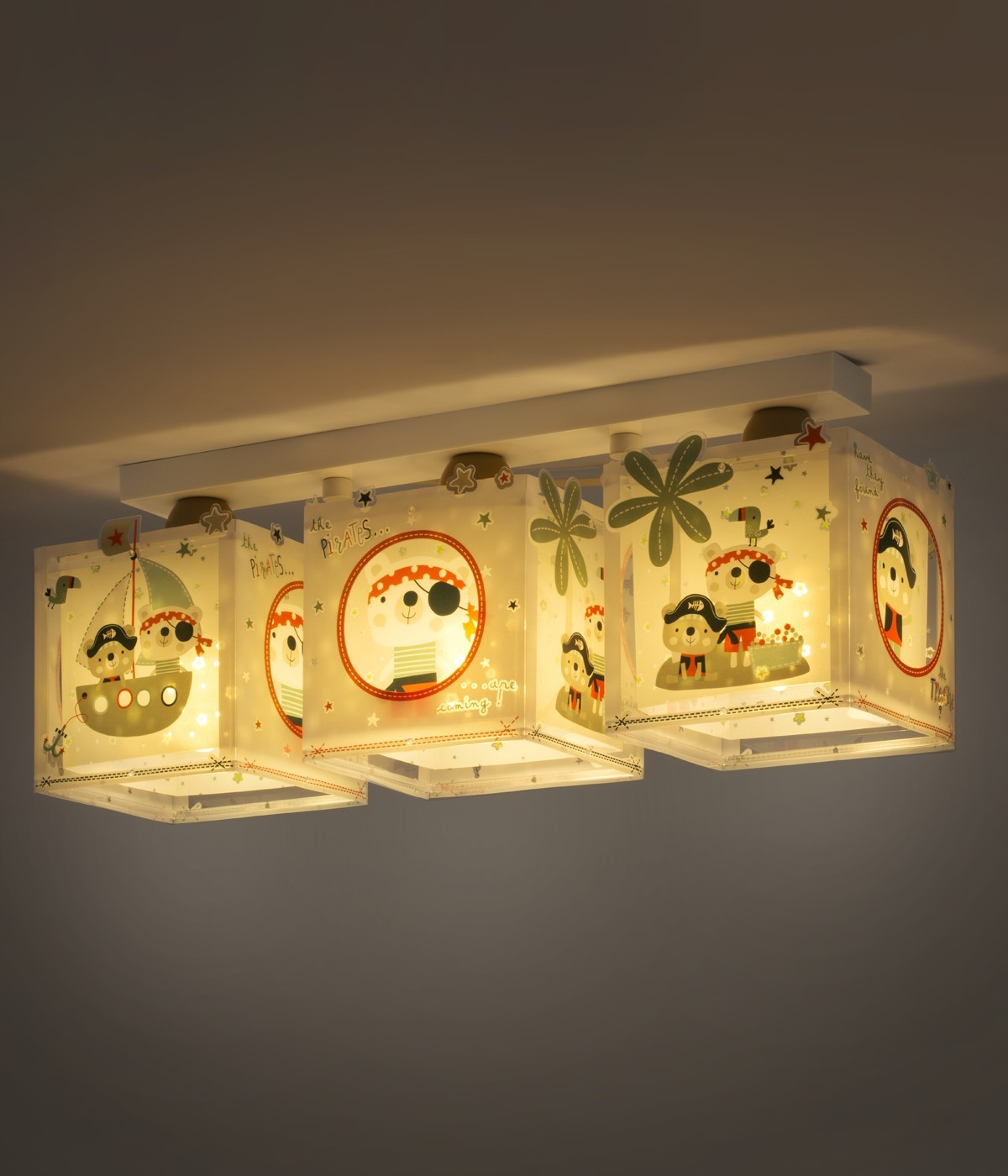 3 light Kids ceiling lamp The Pirates